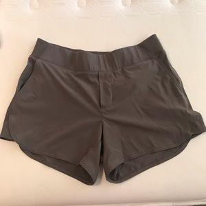 Athleta Shorts - Size 8